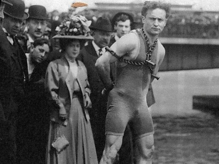 Afbeeldingsresultaat voor Harry Houdini