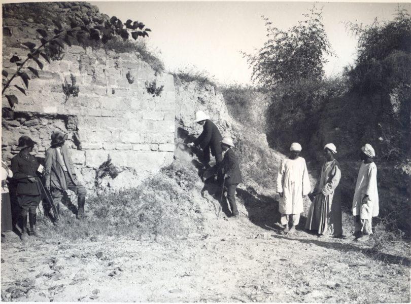 סמואל פותח את החפירות הארכאולוגיות באשקלון, 10 בספטמבר 1920