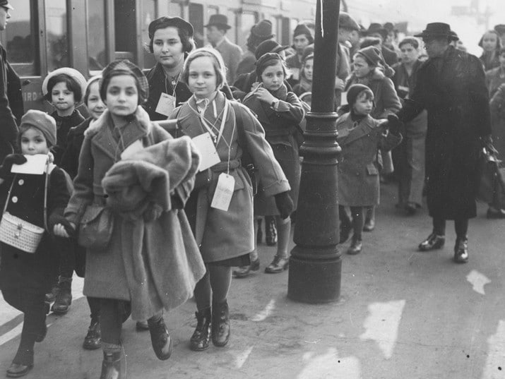Throw Your Feet Over Your Shoulders: Beyond the Kindertransport