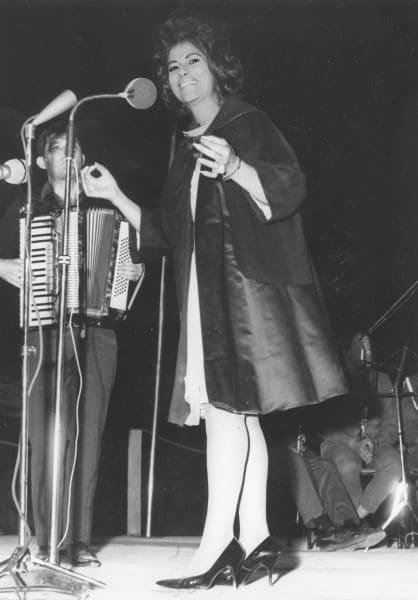 שושנה דמארי באירוע של ותיקי ההגנה, 1968. צילום: אוסף דן הדני
