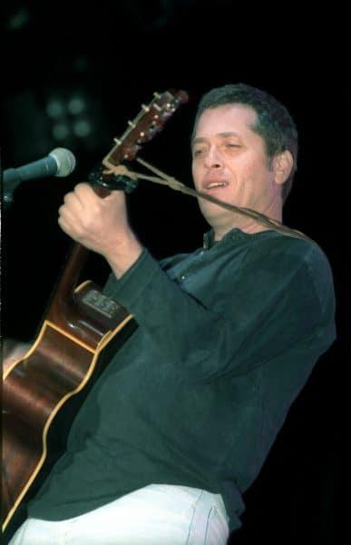 שלמה ארצי בהופעה באילת, 1992. צילום: גדעון מרקוביץ'