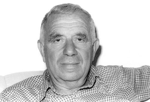 יהודה עמיחי. יוני, 1987. צילום: גל יחיעם, אוסף דן הדני