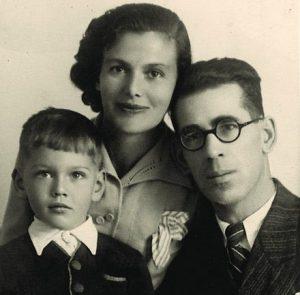 משפחת קלוזנר. אריה, פאניה ועמוס