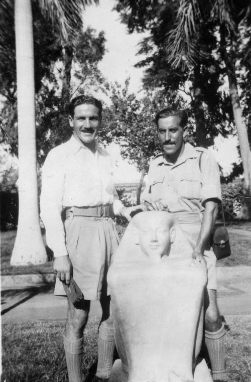 Rafael Reiss and Zvi Ben-Yaakov in Egypt, 1944. Photo: Rafael Reiss, the Bitmuna Collection.