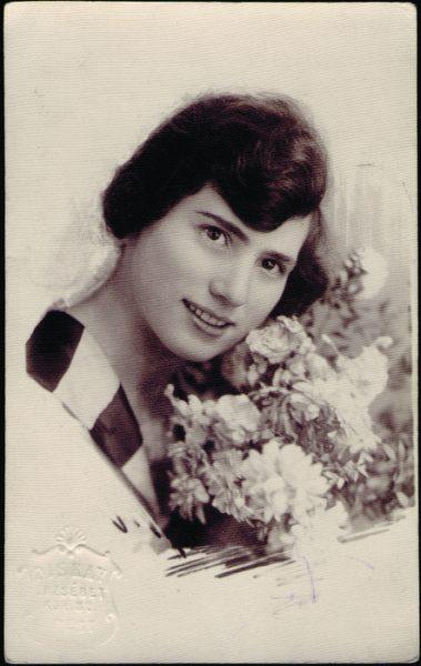 Ilona Gardonyi in 1922.