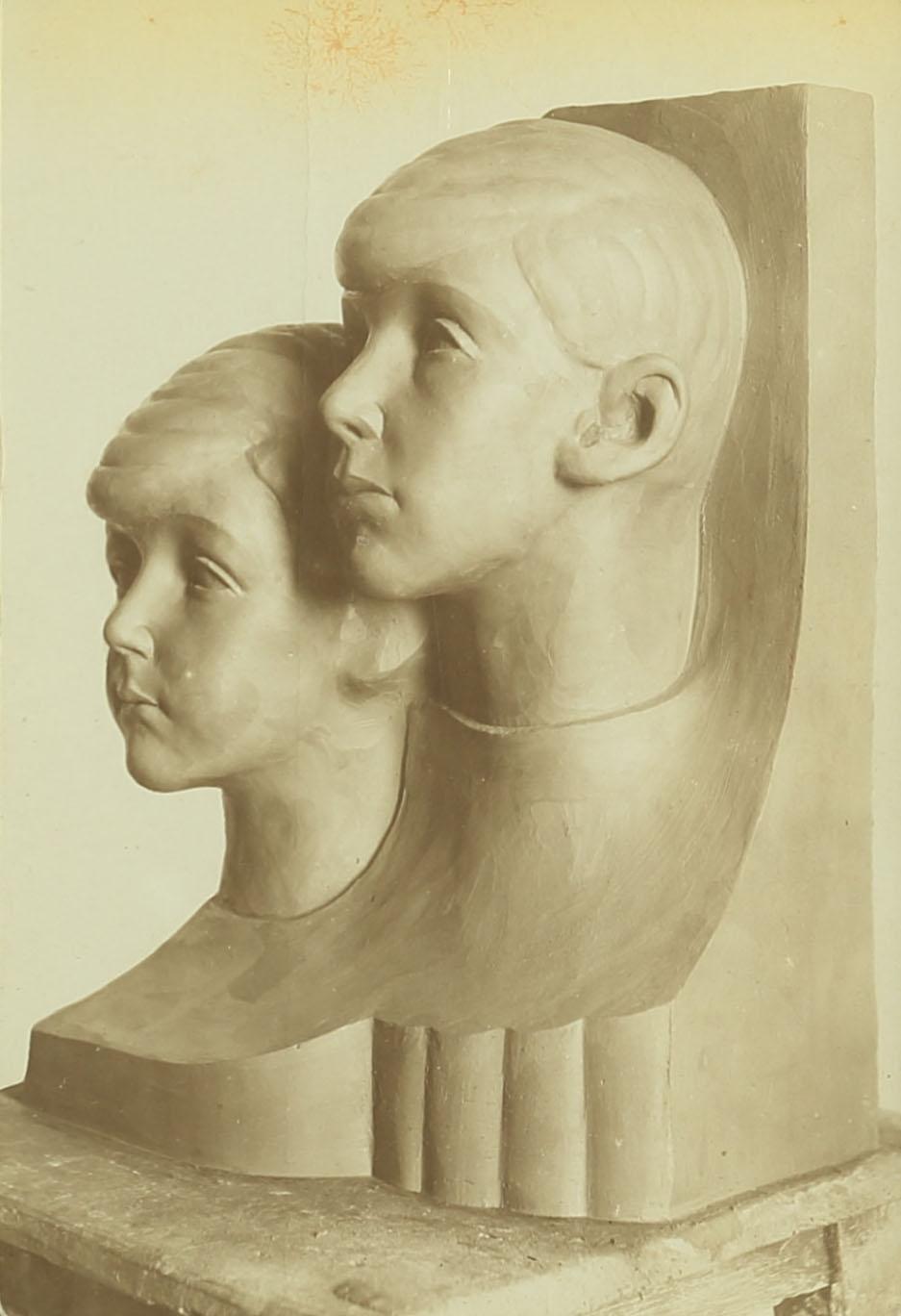 דיוקן ילדי הארי סאקר, 1922. צילום: פוטו פלסטיקה, תל-אביב. ארכיון אברהם מלניקוב ARC. 4* 1956 03 31