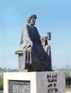 פסלו של אבו נואס בבגדד
