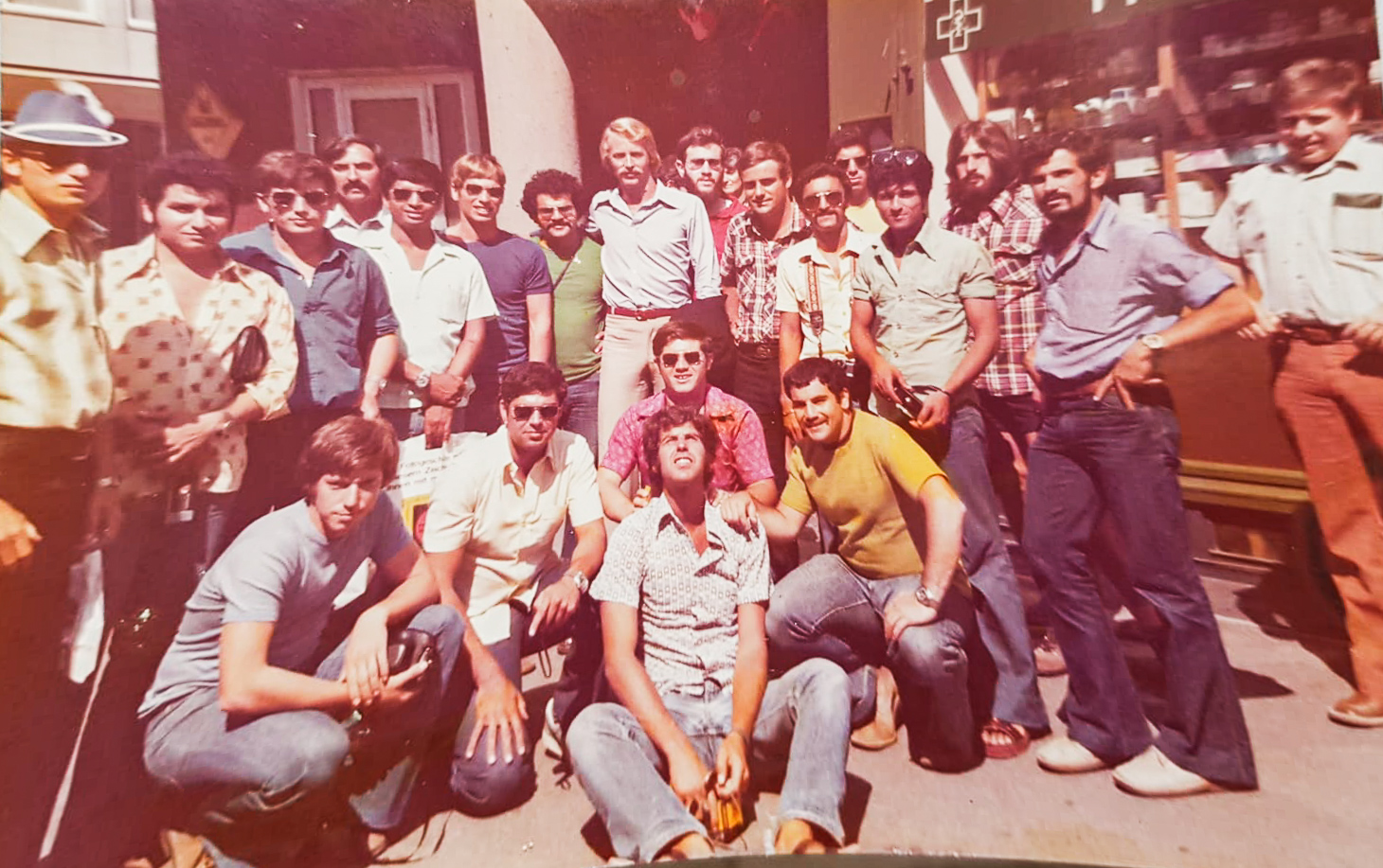 Julio Friedman, together with other Israelis held in captivity, are hosted by the Jewish community in Switzerland. 1976 (Julio is standing in the back, on the left side of the picture, sporting an impressive mustache)