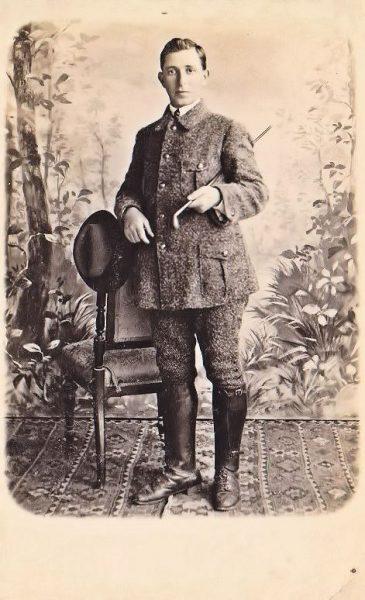 """אבשלום פיין - חבר בניל""""י. נתפס ע""""י הטורקים, עשה עצמו משוגע וכך גרם לבית המשפט לשחרר אותו."""